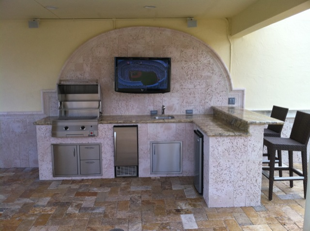 custom outdoor kitchen design images in florida with built in ...